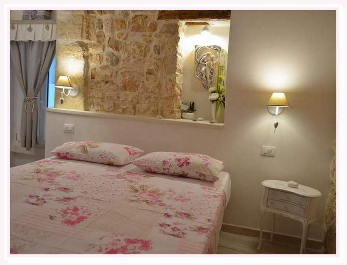 camera-matrimoniale-venere-shabby-bed and breakfast-cielididante-3
