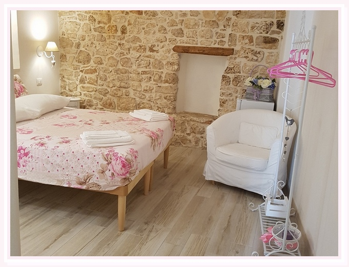 camera-matrimoniale-venere-shabby-bed and breakfast-cielididante-4